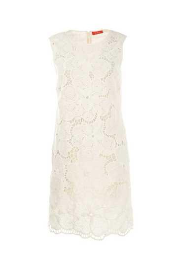 Robe courte et droite en dentelle de coton fleurie