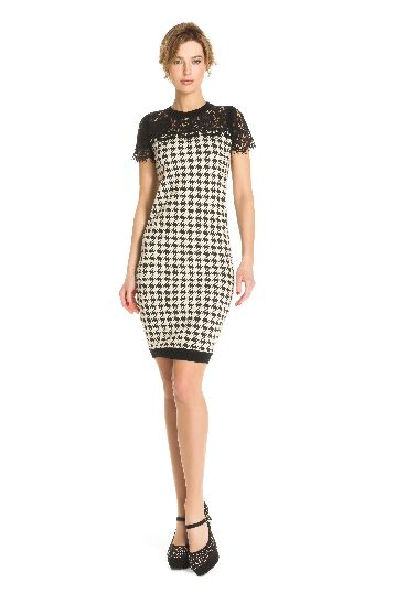 Straight dress in houndstooth bubble jacquard.